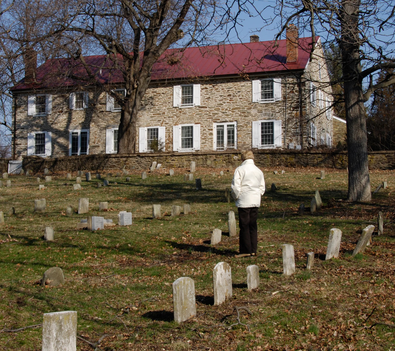 Quaker Meeting House & Cemetery